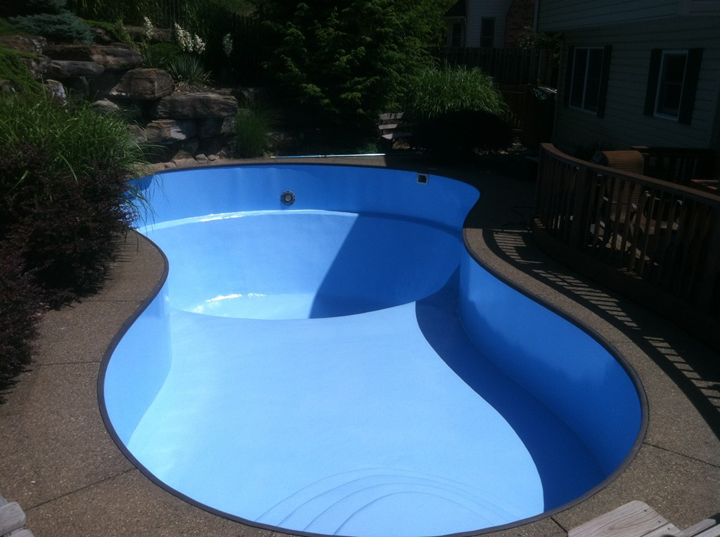 Pool Painting Sherwood Valley Pools | Home of the hard ...